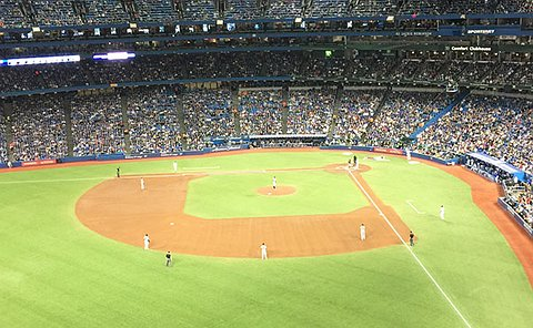 picture of the stadium and jays game.