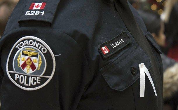 A ribbon on a TPS uniform
