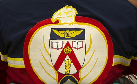 The APU symbol embroidered on a jacket